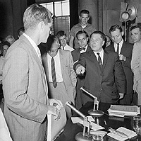 Teamster President Jimmy Hoffa faces Senator Robert Kennedy at a meeting of the Lobor Racket Committee.